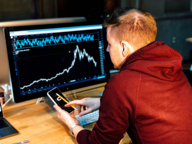 List of Forex Signal Providers to Consider