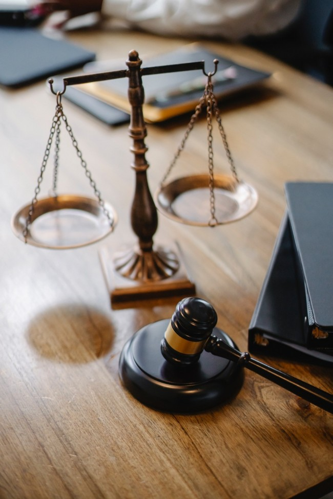 The Law Firm of the Future. Will Big Firms Survive?