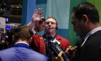 Traders at the NYSE