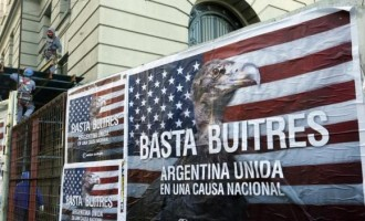 'Enough vultures, Argentina united for a national cause''