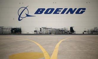 Inside a Boeing Co. Aircraft Maintenance Facility Ahead of 4th Quarter Earnings Report