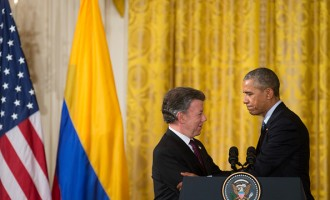US President Barack Obama, with President of Colombia Juan Manuel Santos, hosts a reception for Plan Colombia