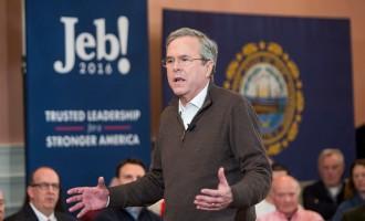 Jeb Bush Campaigns In New Hampshire One Day Before Primary