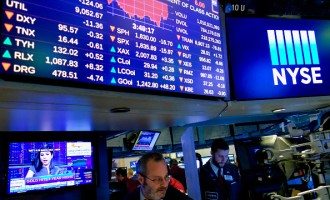 Stocks Dive Deeply, Dow Jones Industrials Average Loses Over 300 Points