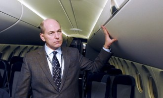 Bombardier Readies CSeries As Business Jet Forecast Improves