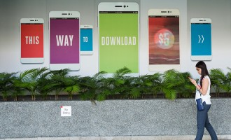Images Of Mobile Phone Carriers And Users As MyRepublic Seeks To Become Nation's Fourth Provider