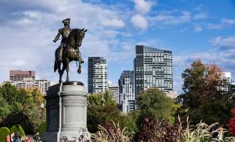 Bronze Equestrian statue of George Washington in the Public..