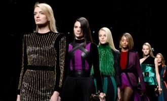 Balmain : Runway - Paris Fashion Week Womenswear Fall/Winter 2015/2016